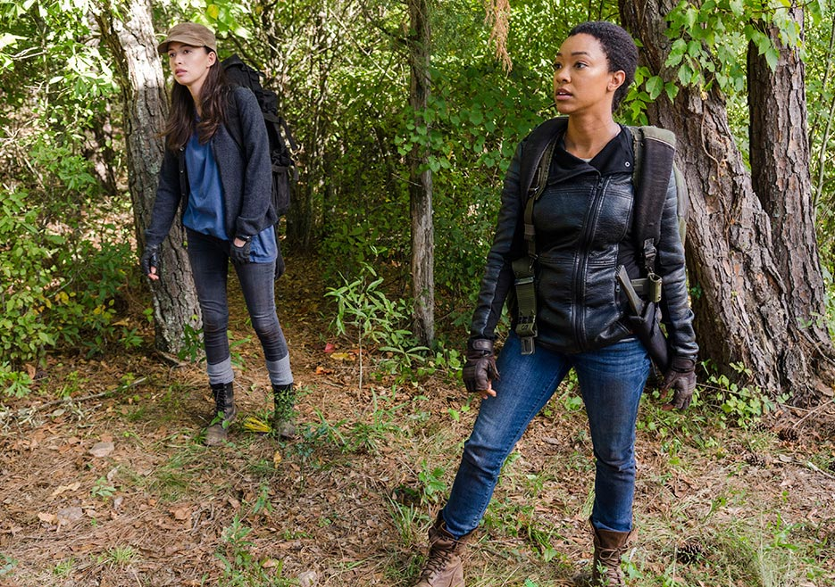 Rosita Espinosa (Christian Serratos) and Sasha Williams (Sonequa Martin-Green) in The Walking Dead season 7 episode 14 Photo by Gene Page/AMC