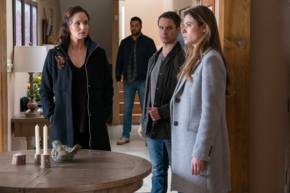 "COLONY -- ""Disposable Heroes"" Episode 311 -- Pictured: (l-r) Sarah Wayne Callies as Katie Bowman, Will Brittain as Dave O'Neill, Peyton List as Amy Leonard -- (Photo by: Daniel Power/USA Network)"